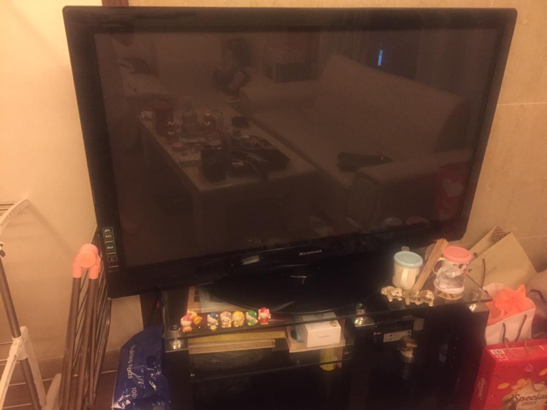 50인치 평면 티비와 티비테이블 팔아요