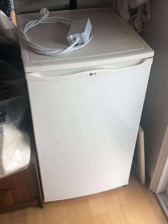 소형 LG 냉장고 팔아요