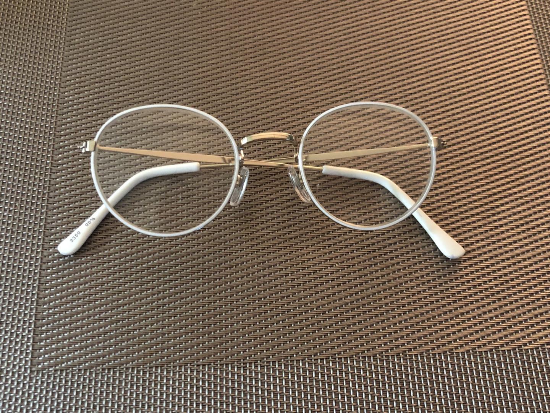 일본서 사온 안경테화이트 새상품