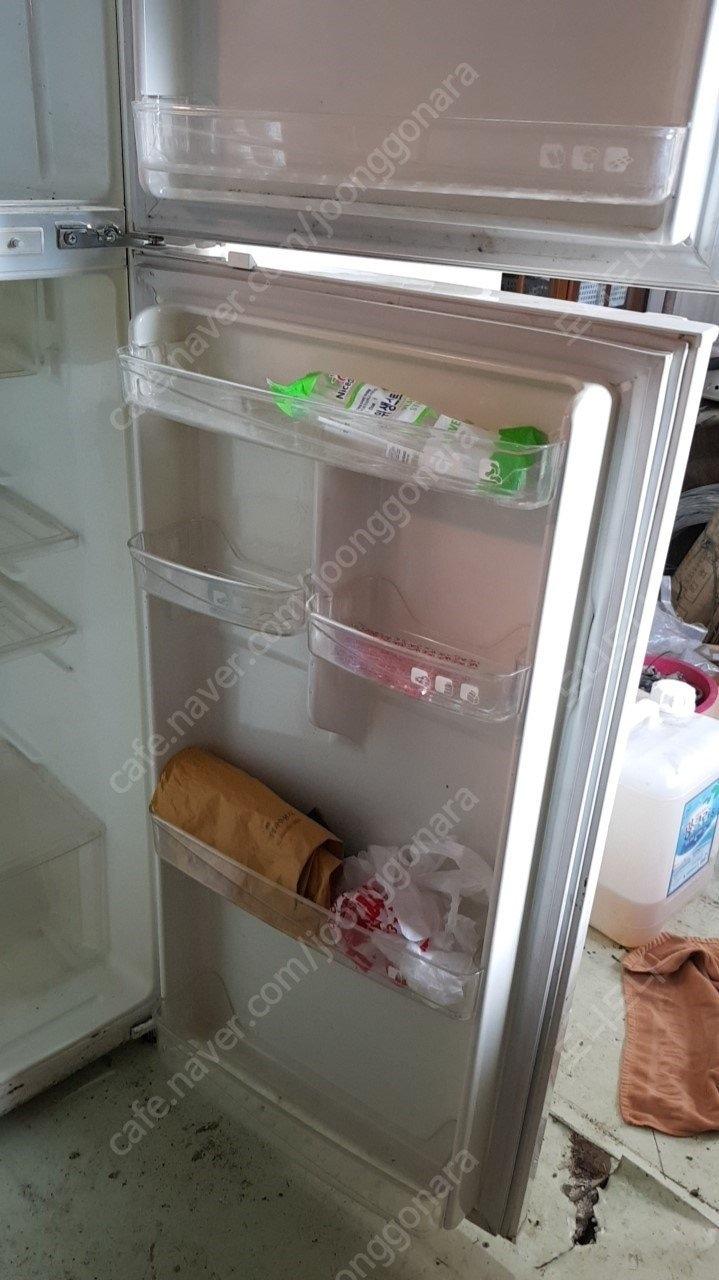 엘지 세탁기1개,삼성냉장고3,신일선풍기1