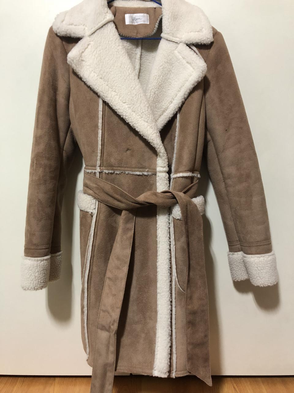 로엠코트 무스탕 무스탕코트 코트 겨울코트 두꺼운코트 양털코트