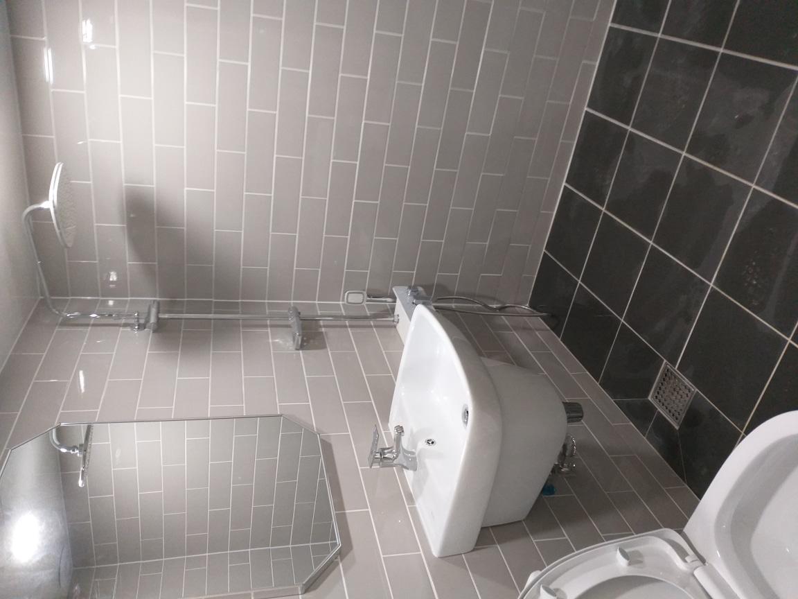 화장실 리모델링 화장실 공사 공용 175만원  욕실리모델링 베란다 현관 주방 시공 및 보수 해드려요
