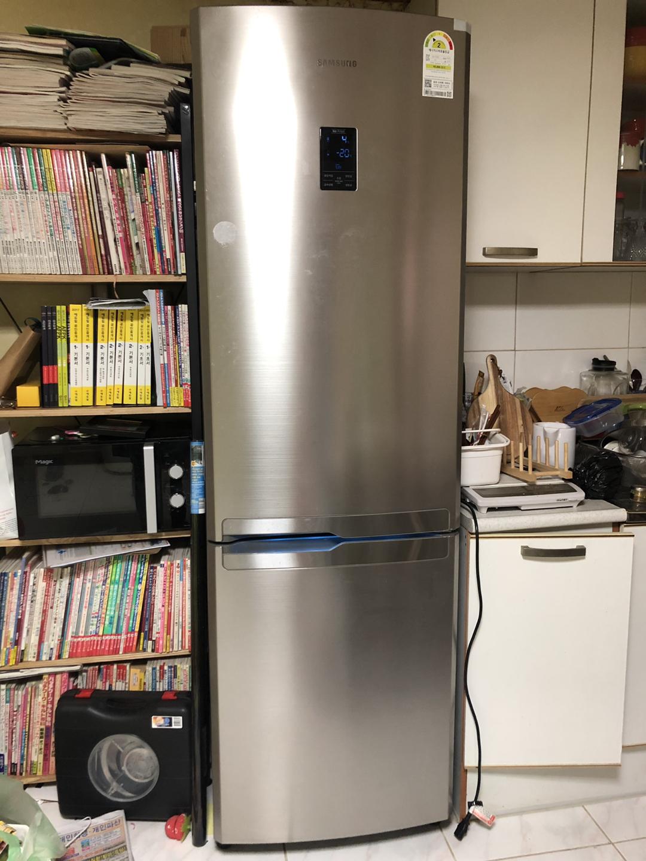 냉장고 이것도 3년정도 사용 햇어요