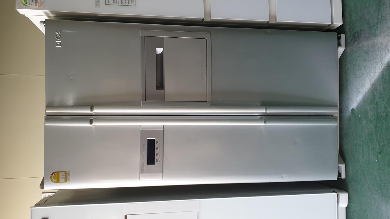 엘지 디오스 양문형 냉장고 700리터 메탈