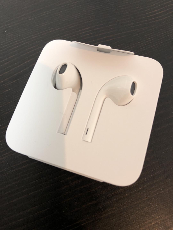 [미개봉] 이어팟 (아이폰 이어폰) 아이폰 X용 (라이트닝 케이블)