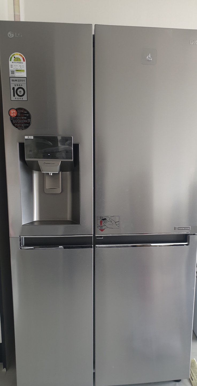LG정수기냉장고, 올레드55인치티비, 휘센에어컨, LG트롬19KG세탁기,LG 9KG건조기, LG퓨리케어공기청정기