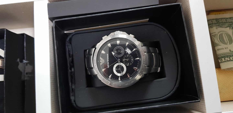 알마니 시계판매합니다
