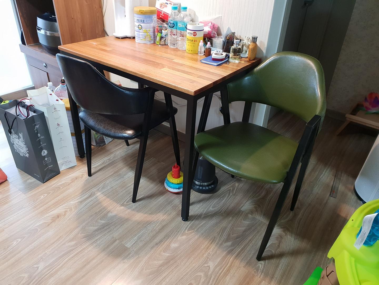 식탁(컴퓨터 책상 및 책상으로 사용 가능) 판매