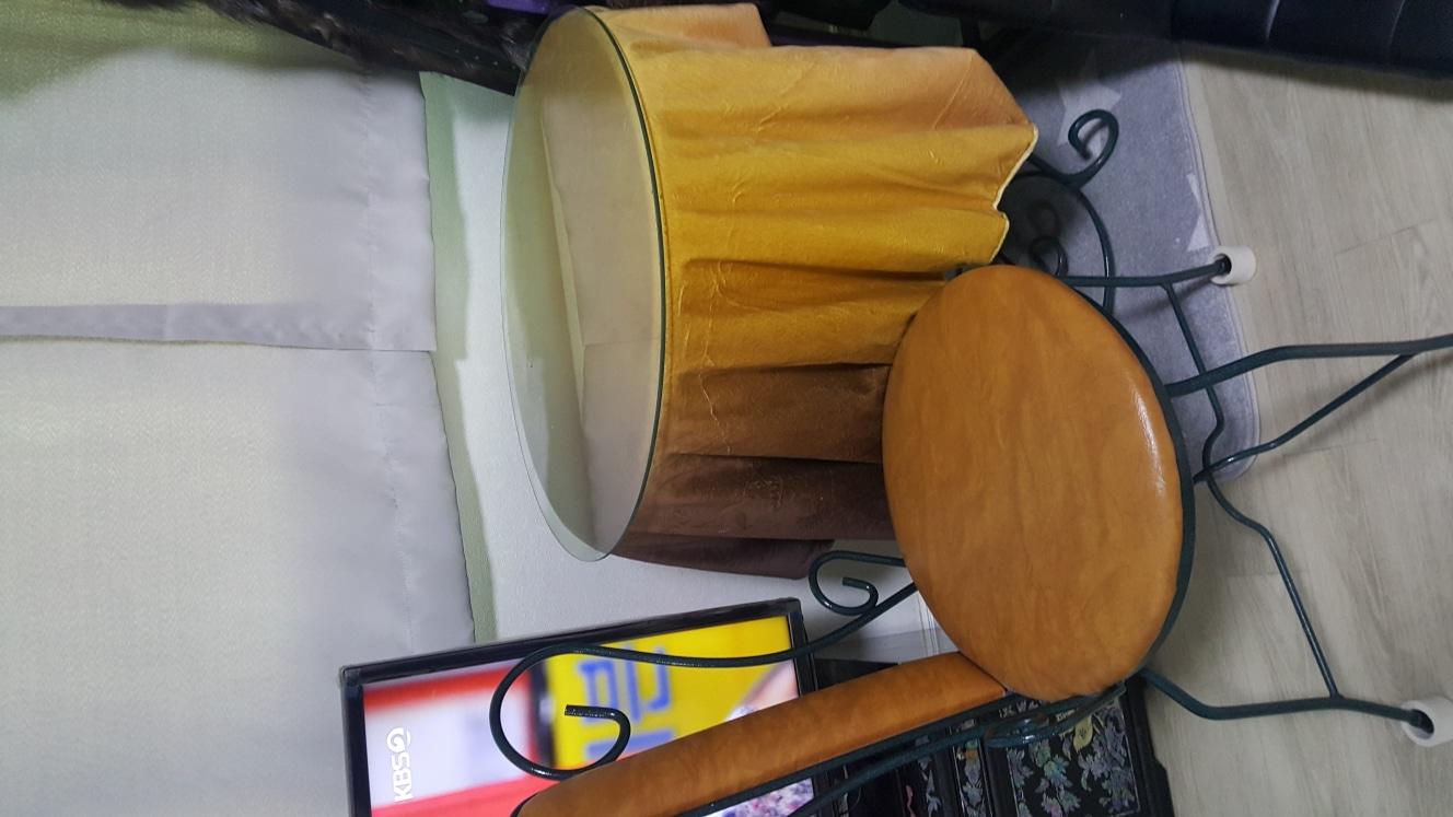 철재식탁 의자 한개