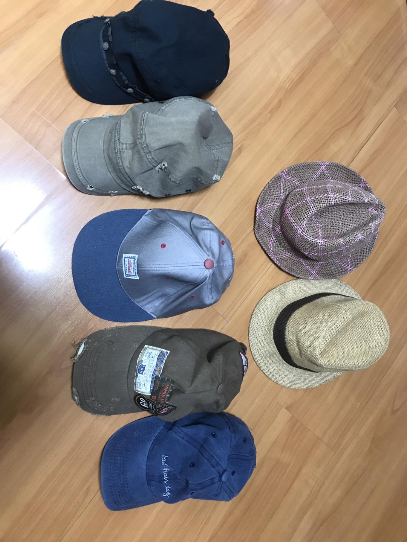 모자 1000원에 판매합니다!!