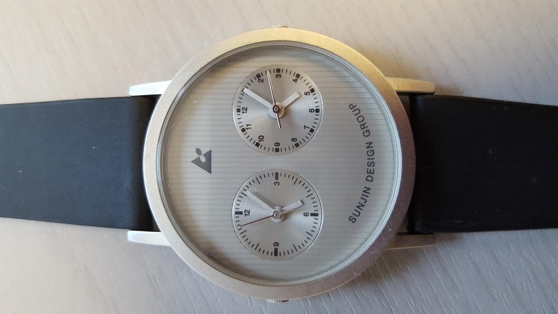 두 나라 시간 보여주는 시계(새상품,방수시계)