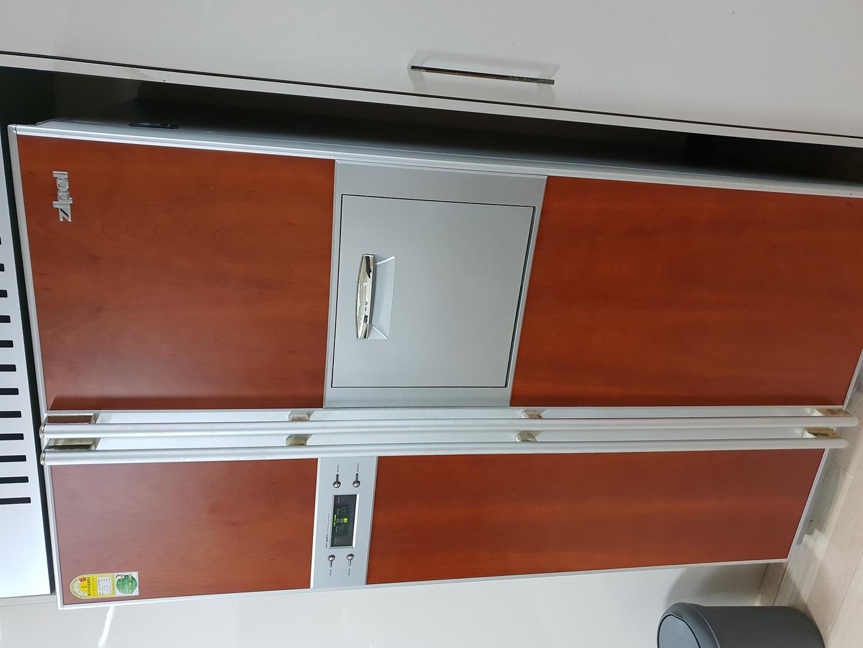 양문형 냉장고와 스탠드 김치냉장고