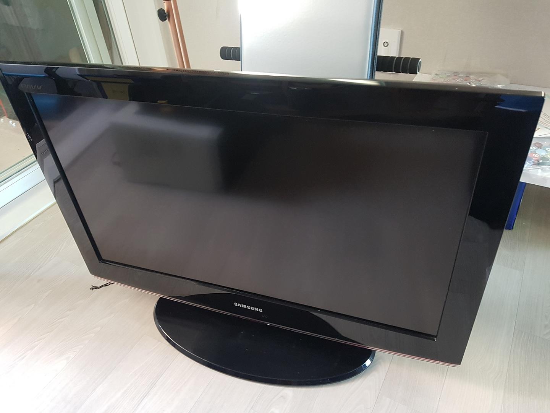 삼성 32인치 lcd tv 판매합니다.