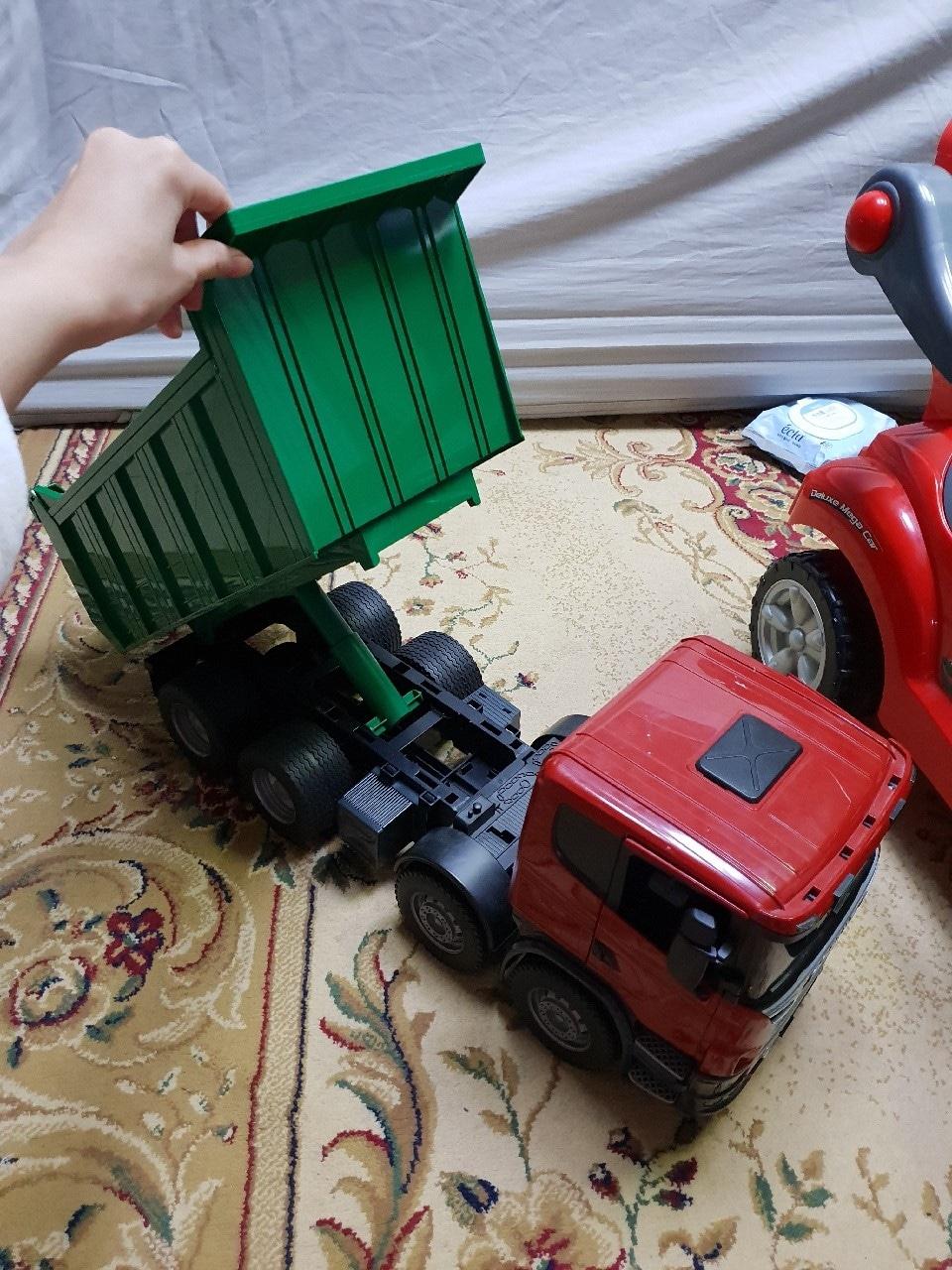 브루더 스카니아 트럭  장난감 자동차 장난감트럭