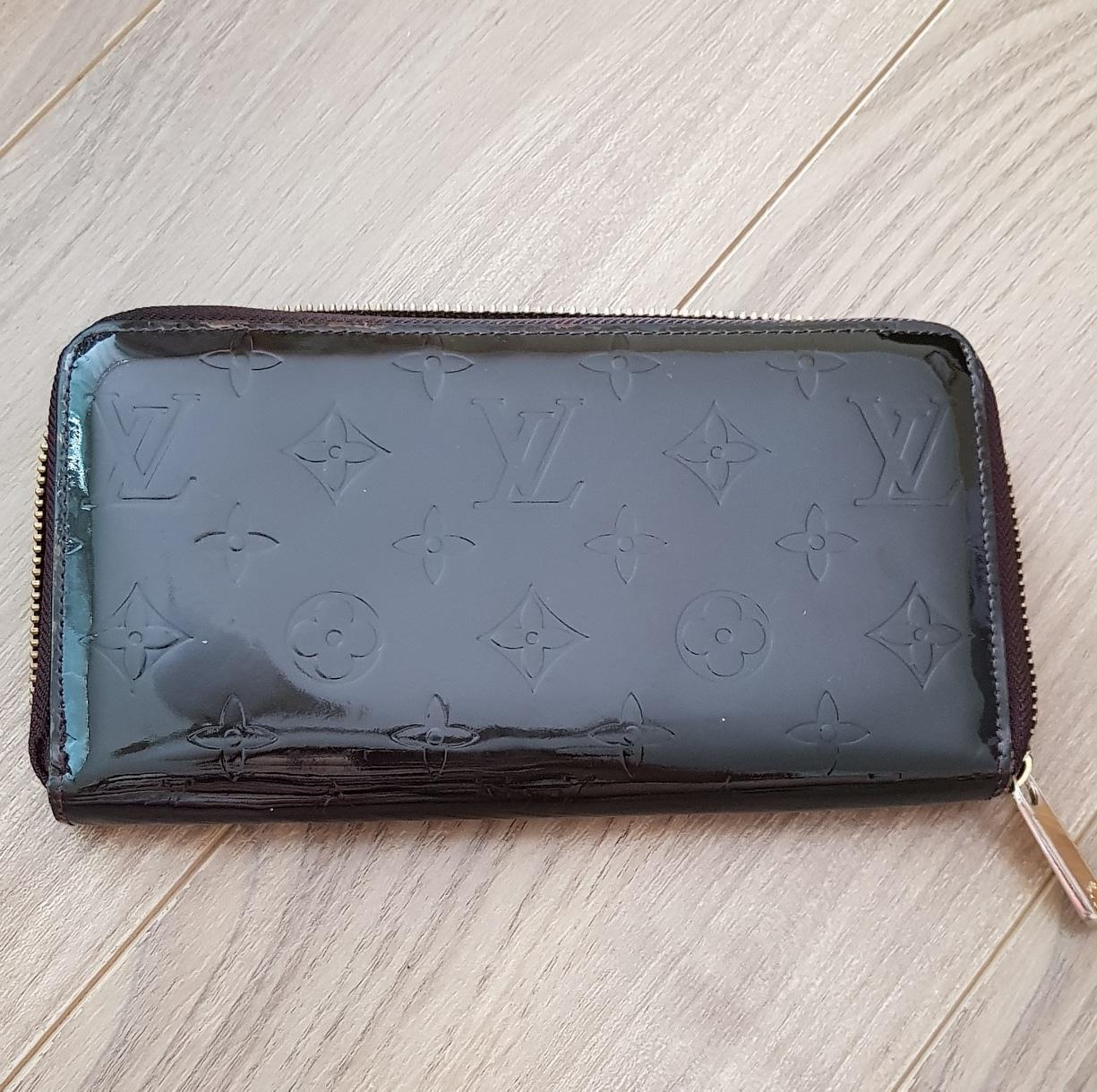 지갑 장지갑 에나멜지갑 루이비통s t