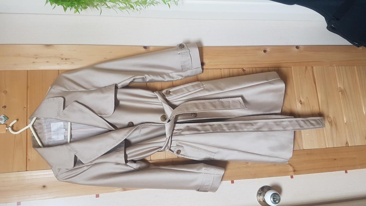 올리비아로렌 90봄 코트
