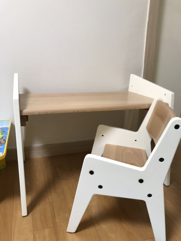 세이지폴 북클레벤 유아책상세트 /유아책상 / 아기책상 팝니다.
