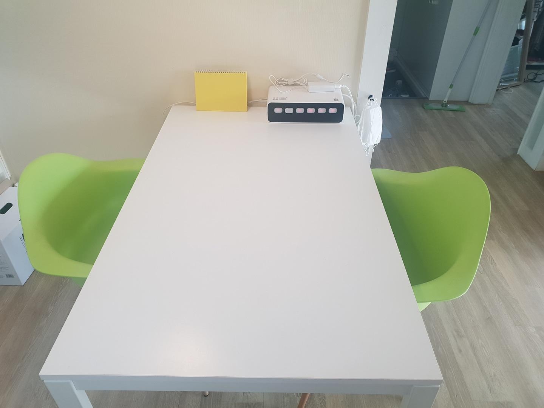 이케아 melltorp 4인용식탁테이블+의자2개