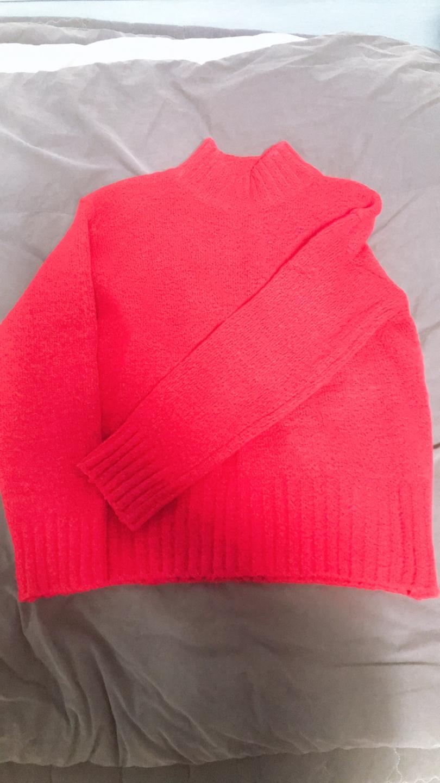 빨간목니트
