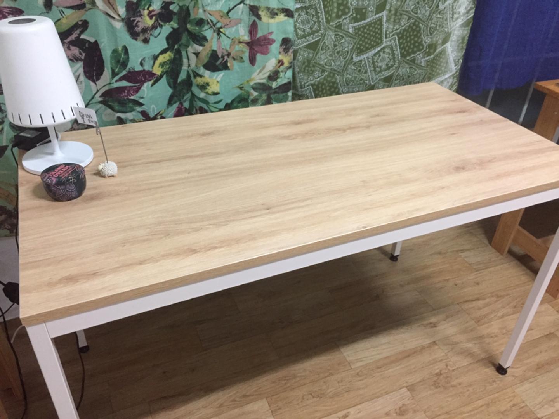 테이블 팝니다. (철제다리) 3개월 사용.