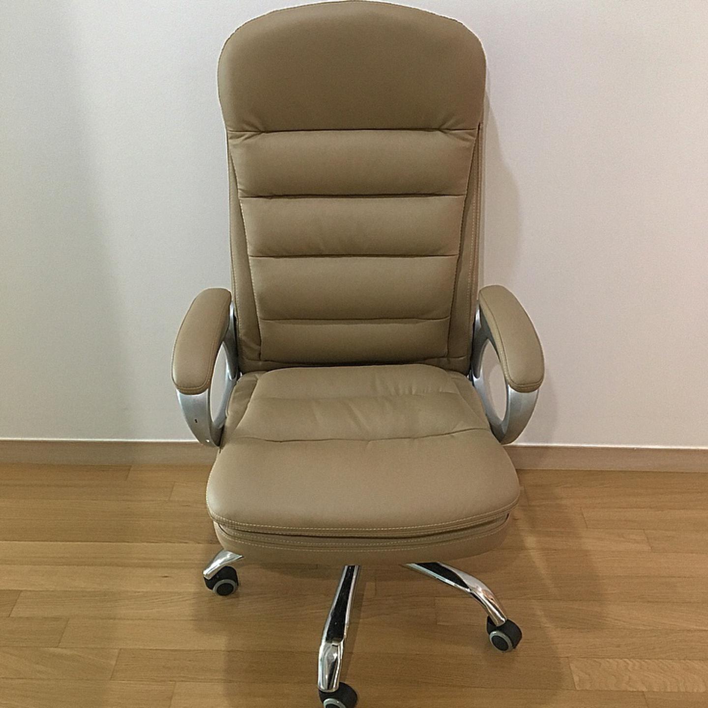 편안한 의자, 깨끗한 의자 , 피시방 의자