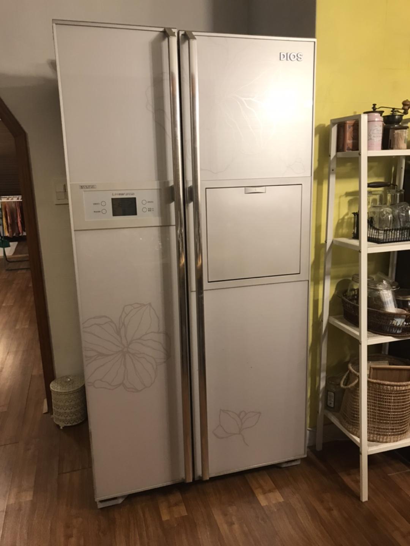 엘지 디오스 양문형냉장고 689리터 판매합니다.