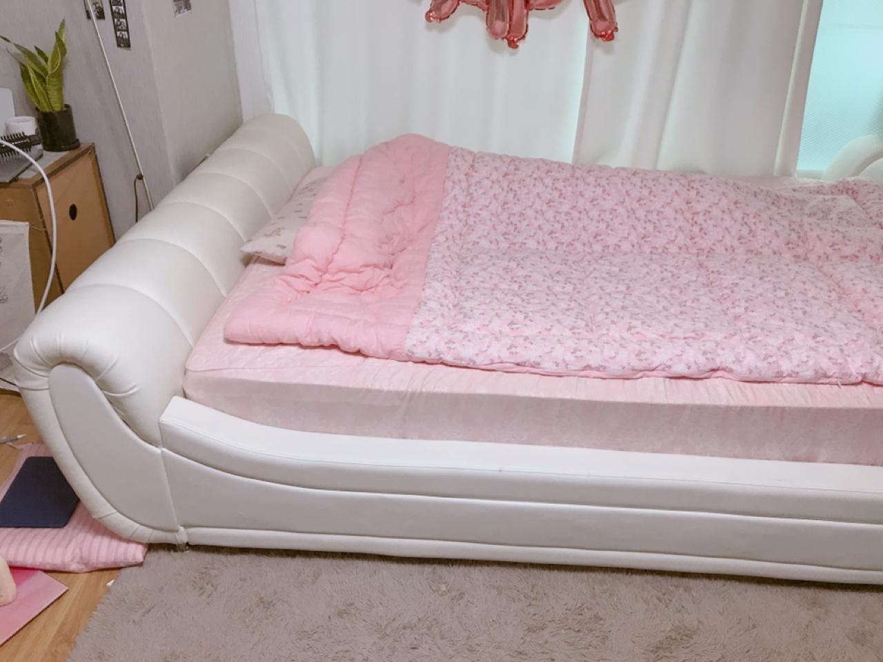 퀸사이즈 침대 팝니다
