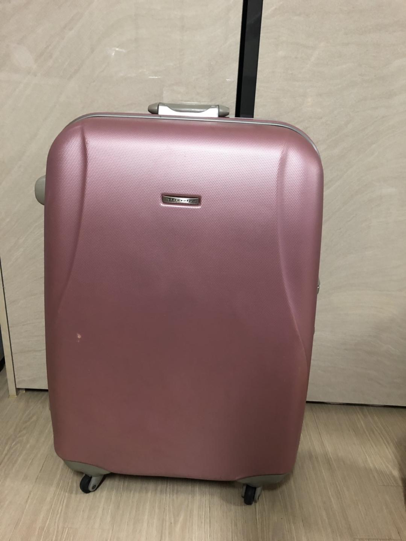 대형 핑크 여행용캐리어(트렁크) 28인치