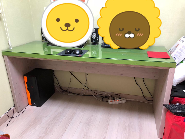 책상 의자팔아요(2인용책상/의자2개)