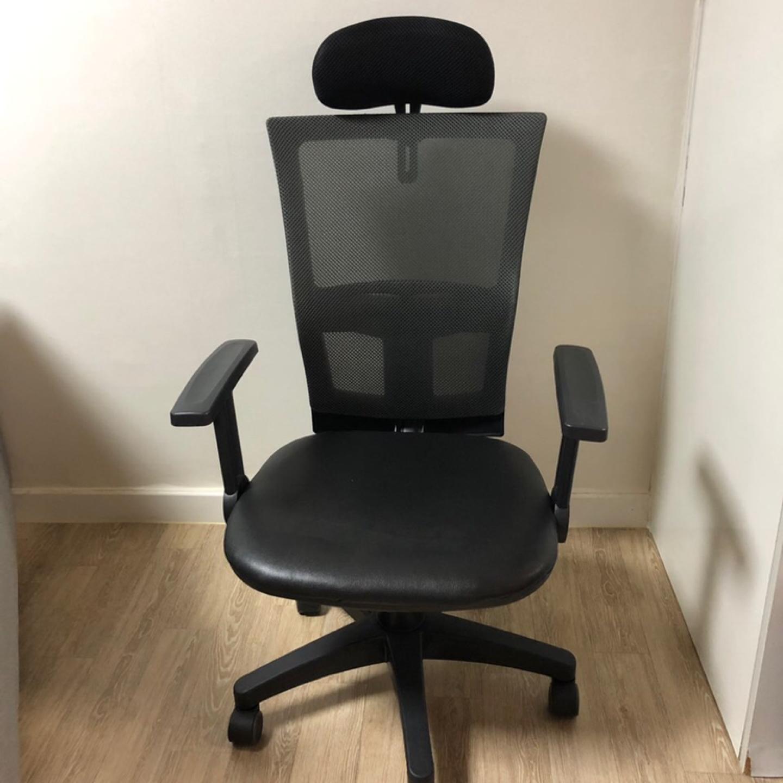 의자 판매합니다.