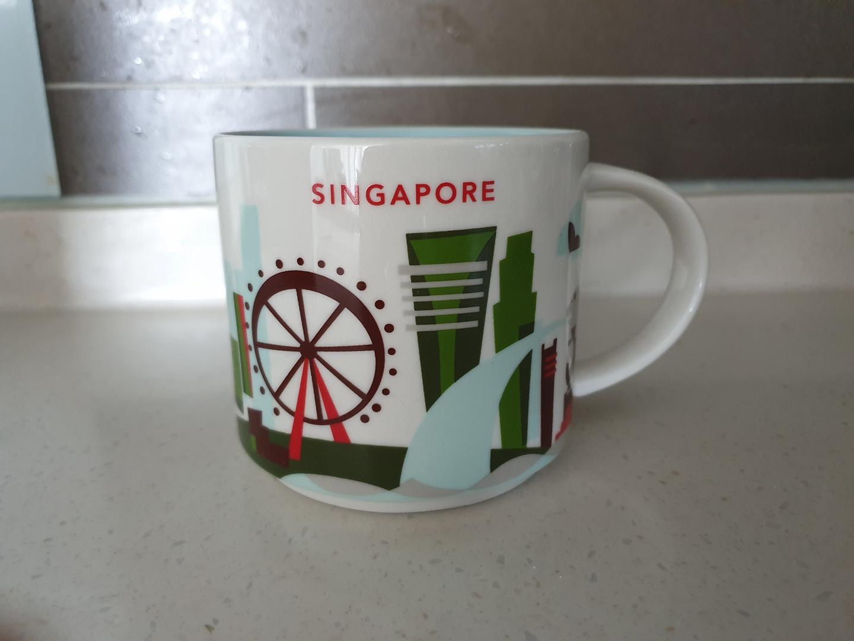 스타벅스 싱가포르 유아히어 레드 컬렉션 시티 머그컵