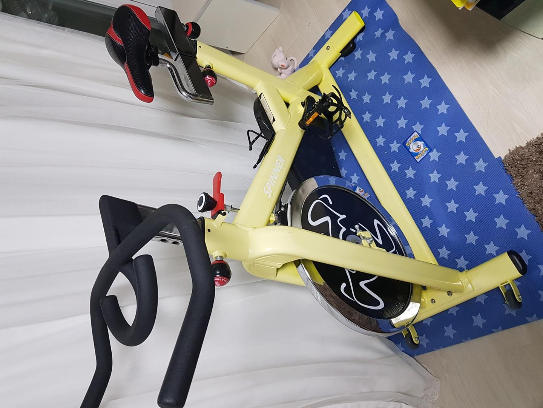 스피닝자전거