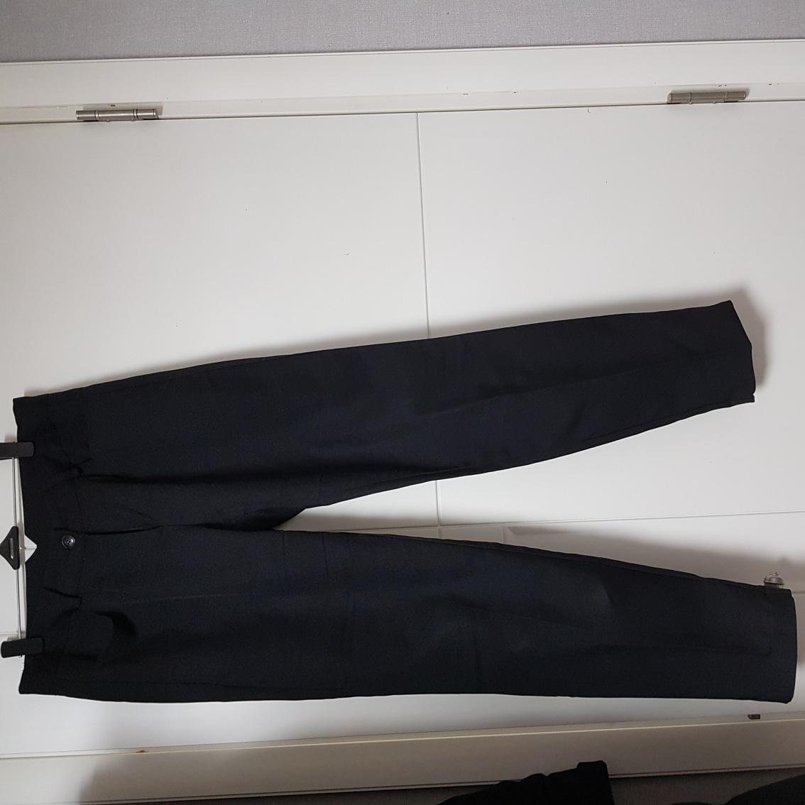 여성 검은색 슬랙스 M 2개 8000원