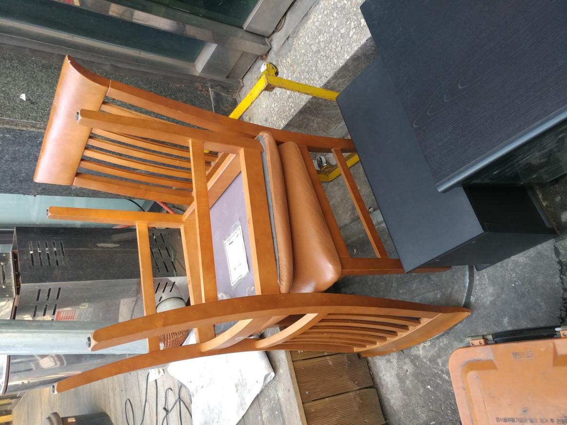 식탁 의자 2개 무료
