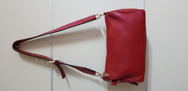 빨간가죽가방