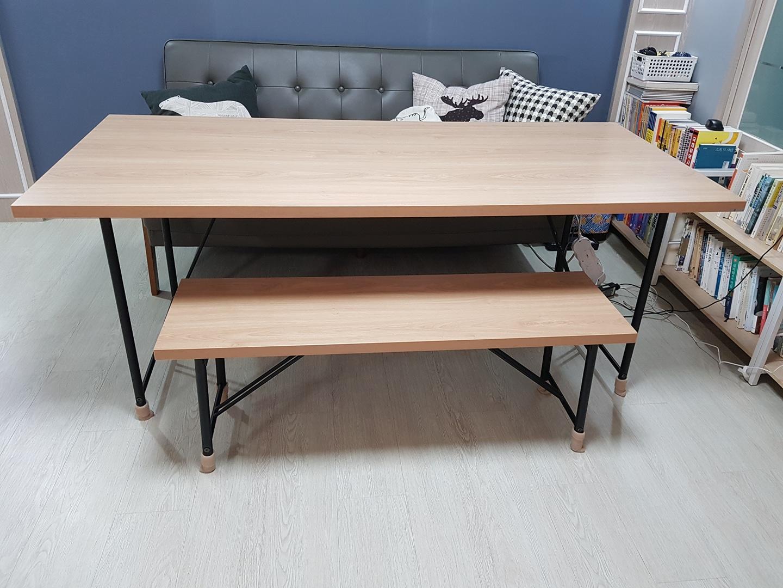 (가격내림) 현대리바트 정품 테이블(7만) + 스툴(4만)따로가능