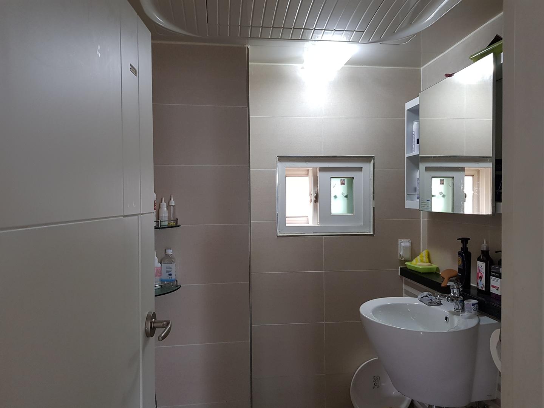 오정동 이층빌라 방3개 화장실2개 핵깔끔