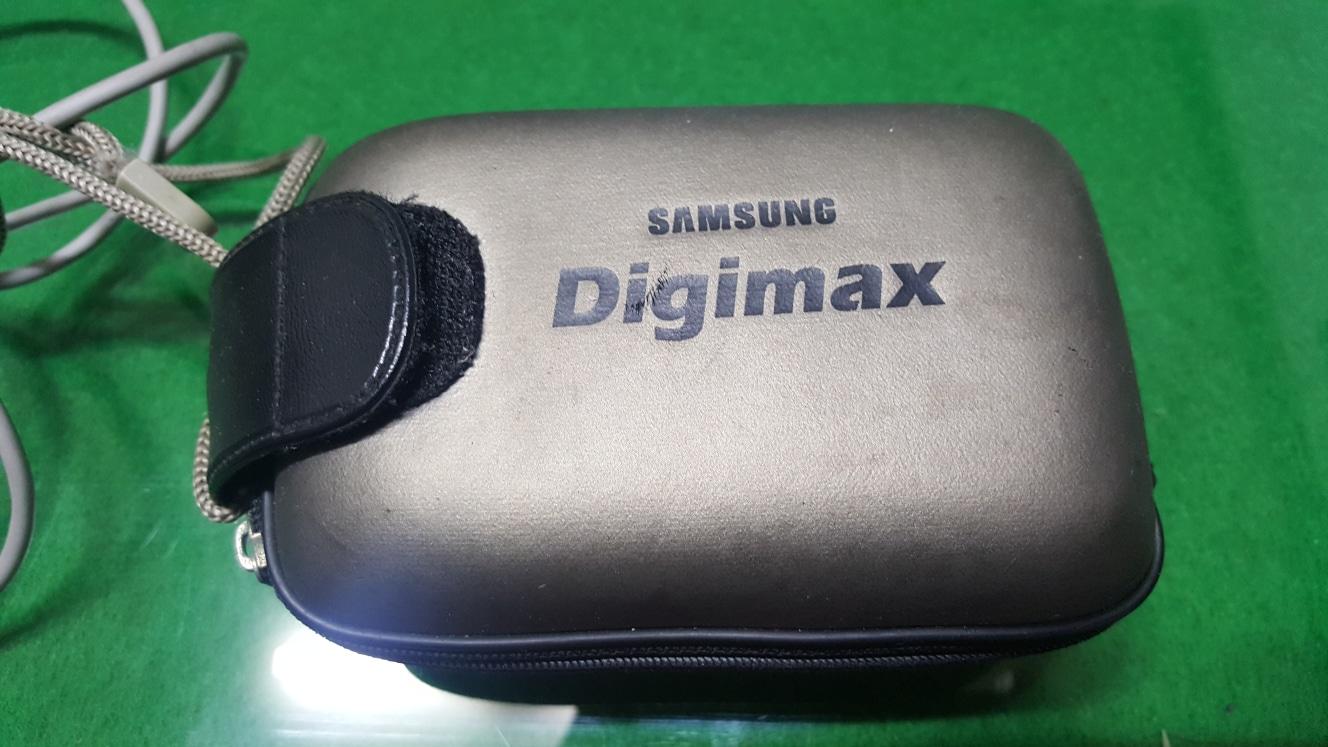 삼성 디지털 카메라팝니다.