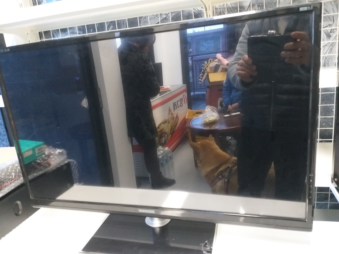 pc방  개업후  남은 새  컴퓨터  1대  팔아요