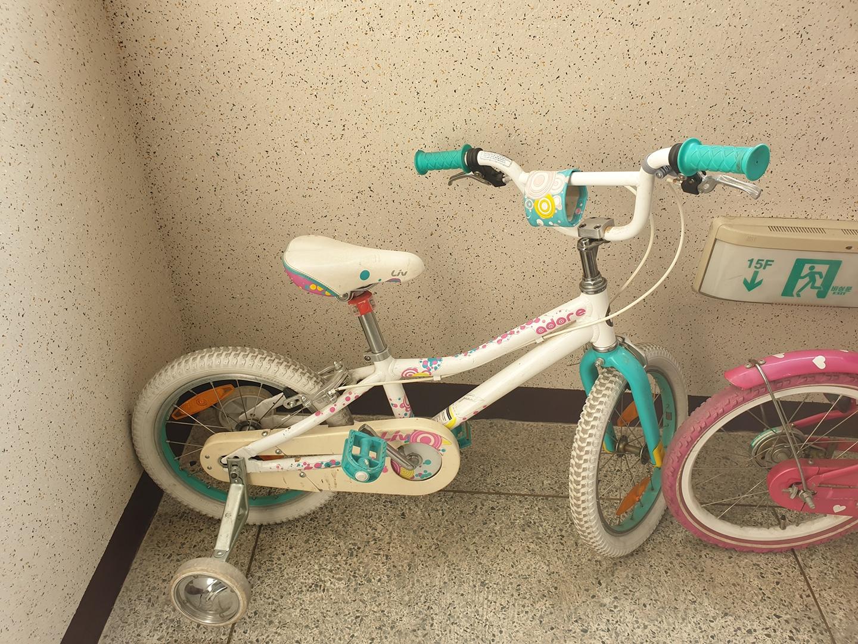 giant 아동용 자전거 와 국산 자전거 팝니다.