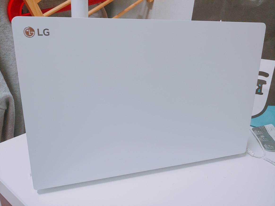 LG노트북 15Z970-GA5JK 판매합니다.