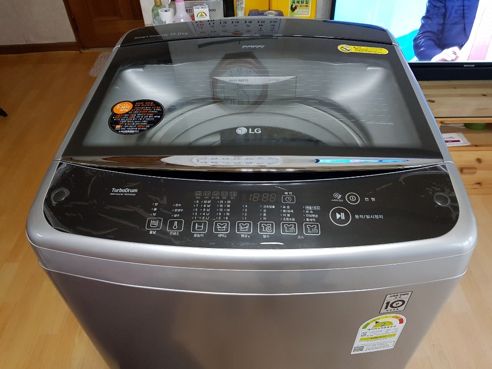 엘지 통돌이세탁기 15kg 박스없는 새제품이예요