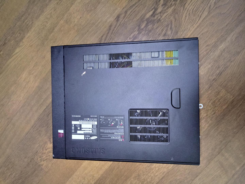 삼성  컴퓨터 본체 판매합니다.