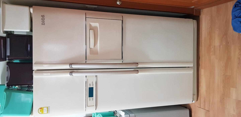 양문형 냉장고랑 김치 냉장고