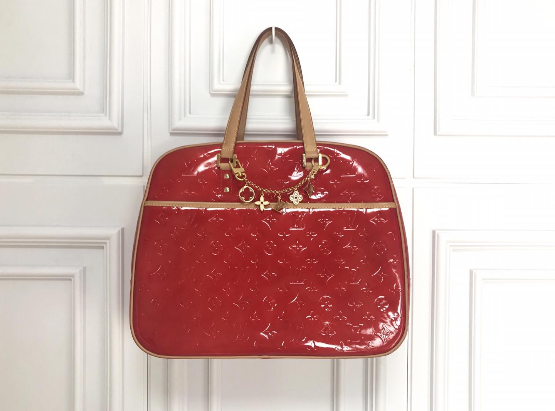 Louis Vuitton 서튼 백