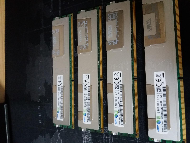 RAM 4G × 4Ea