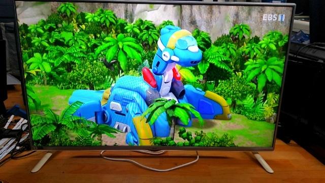 543번)LG 49인치 3D TV 49LF6200