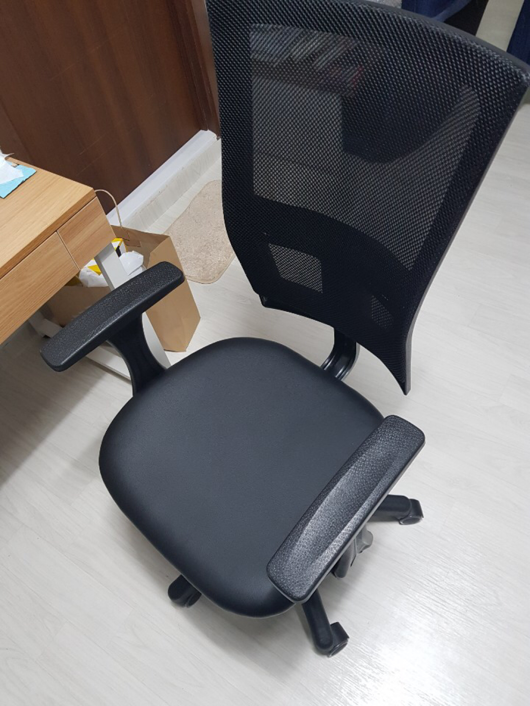 미사용 의자(조립만 한) 팝니다!!!