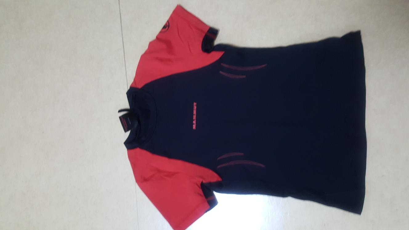 마무트 티셔츠