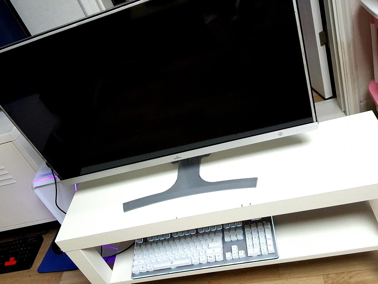 ♡32인치 LED FHD 화이트 슬림 모니터♡